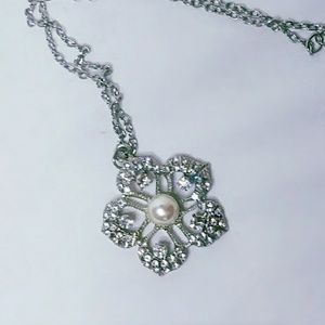 Bling rhinestone encrusted flower necklace